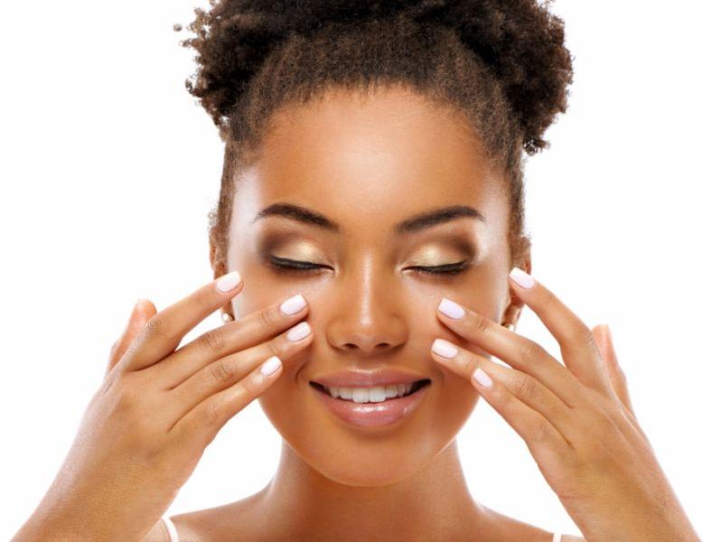Massagem facial: como funciona e quais benefícios pode trazer?